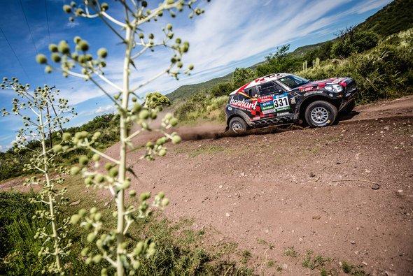 Stephan Schott und Holm Schmidt sind bei der Dakar bereits nicht mehr dabei - Foto: X-raid