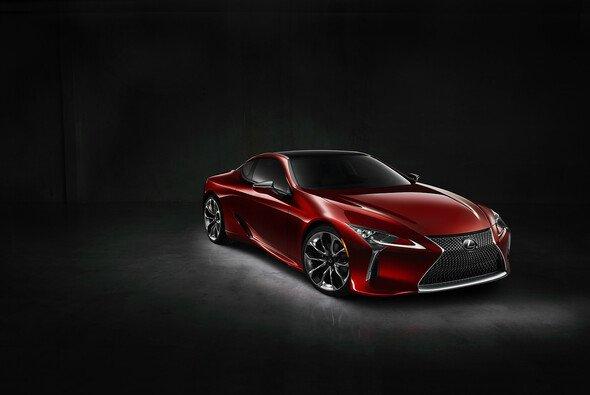Der neue Lexus LC 500 soll Maßstäbe setzen - Foto: Lexus