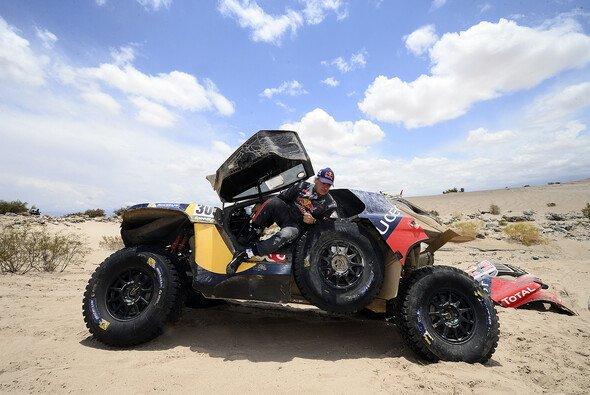 Für Carlos Sainz ist die Dakar drei Tage früher zu Ende - Foto: Red Bull