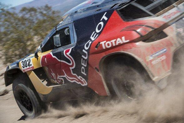 Stephane Peterhansel gewann zum sechsten Mal die Dakar in der Auto-Kategorie - Foto: Red Bull