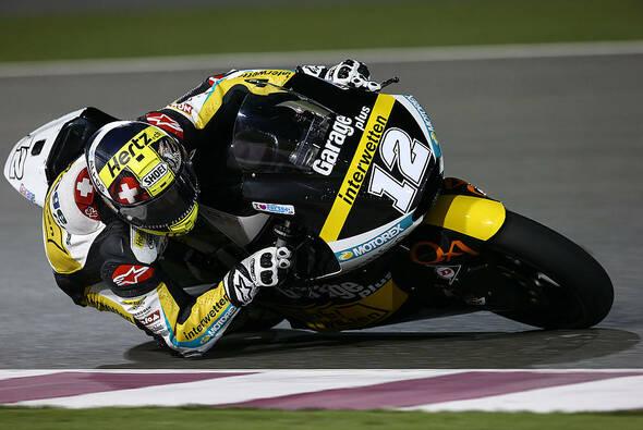 Tom Lüthi gewann das chaotische Moto2-Rennen von Katar - Foto: Derendinger Racing