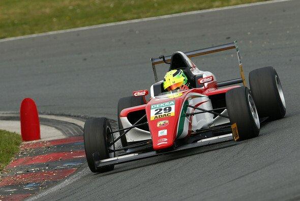 Mick Schumacher siegte zwei Mal beim Auftaktwochenende der italienischen Formel 4 - Foto: ADAC Formel 4