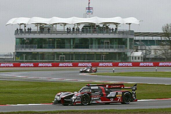 Fässler/Lotterer/Tréluyer starten beim WEC-Auftakt in Silverstone von der Pole-Position - Foto: Audi