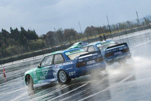 Actionreiche Drifts sind das perfekte Geschenk für Motorsport-Freaks - Foto: Gruppe C GmbH