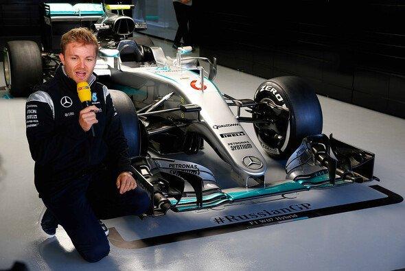 Nico Rosberg ist bei der Formel 1 als TV-Experte für RTL und Sky im Einsatz - Foto: Mercedes