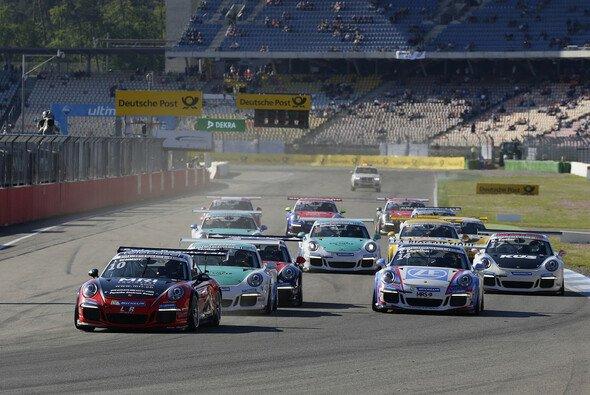 Jeffrey Schmidt fährt Porsche Carrera Cup - und benötigt dafür viel Geld - Foto: Porsche