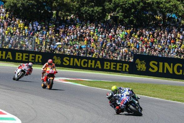Die meisten Fans kommen nach Mugello, um Valentino Rossi zu sehen - Foto: Tobias Linke