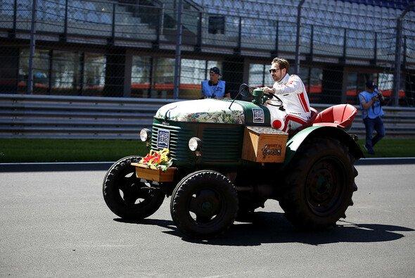 Glück im Traktorfahren, Pech in der DTM - Foto: Alexander Trienitz