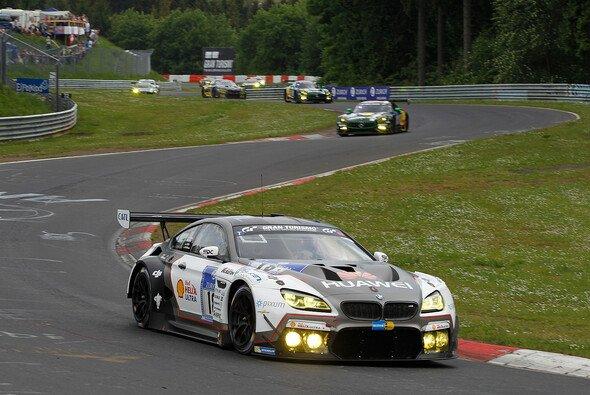 Timo Scheider wechselt beim 24h-Rennen von Audi zu BMW - Foto: BMW