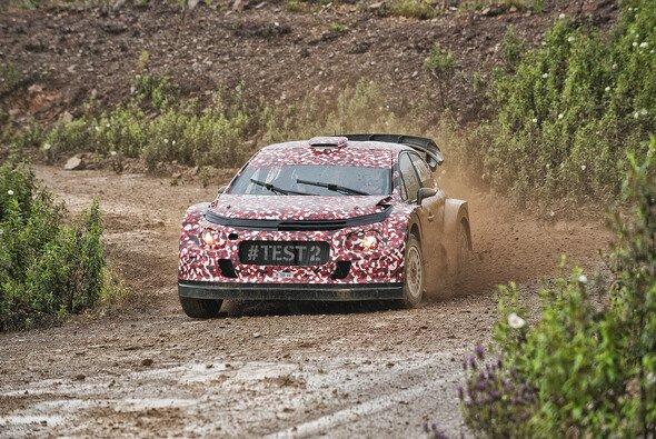 Citroen und Volkswagen haben ihren Testboliden für die Saison 2017 bereits gezeigt - Foto: Citroen