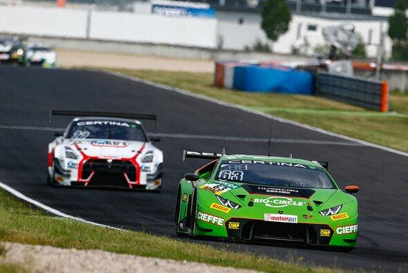Bestzeit in der ersten Session: der Lamborghini von Engelhart/Ineichen - Foto: ADAC GT Masters