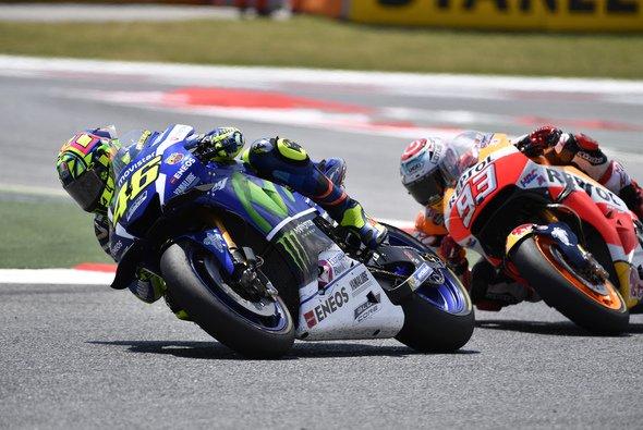Rossi zeigte Marquez über weite Strecken des Rennens das Hinterrad - Foto: Yamaha