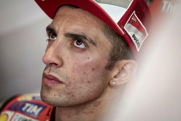 Andrea Iannone war mit seinem Startverbot nicht glücklich - Foto: Milagro