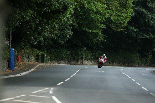 Die Isle of Man Tourist Trophy ist ein gefährliches Abenteuer - Foto: Honda Racing