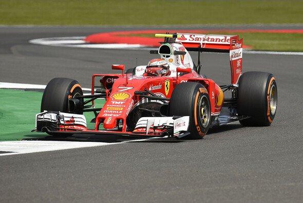 Kimi Räikkönen testet heute in Silverstone für Ferrari - Foto: Ferrari