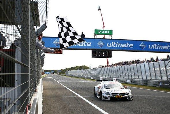 Robert Wickens dominierte das erste Rennen in Zandvoort - Foto: DTM