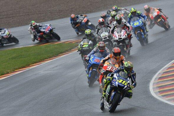 Es gibt Geschichten, die kann nur der Sachsenring schreiben - Foto: Yamaha
