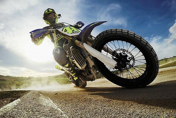 Valentino Rossi kann auch in der MotoGP-Winterpause nicht auf Rennen verzichten - Foto: GoPro