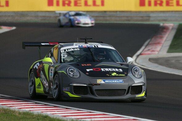 Lukas holt Last-Minute Pole - Foto: Porsche