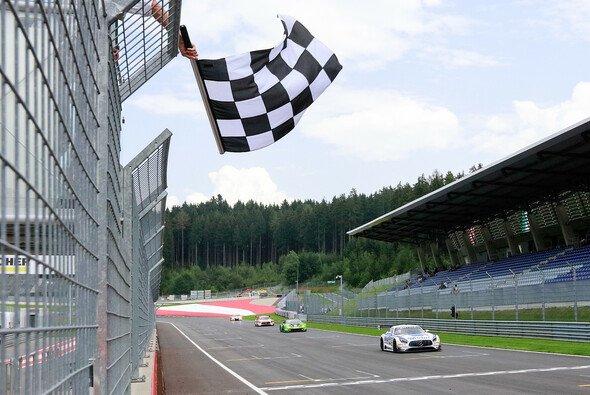 Sebastian Asch und Luca Ludwig belegen Rang drei in der Gesamtwertung - Foto: Gruppe C GmbH