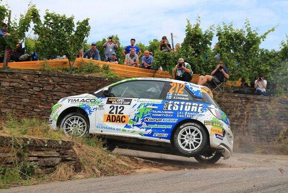 Champion Jari Huttunen gewinnt Lauf 2 - Foto: ADAC Opel Rallye Cup