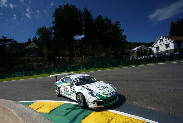Porsche-Junior Mathieu Jaminet feiert in Spa seinen ersten Sieg im Supercup - Foto: Porsche