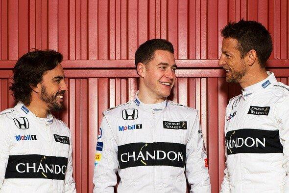 Jenson Button kommt dank der innovativen Drei-Fahrer-Strategie zum Formel-1-Comeback - Foto: McLaren