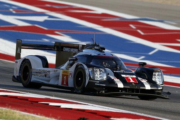 Bernhard/Webber/Hartley profitierten vom Audi-Pech und siegten in Austin - Foto: Porsche