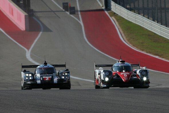 Die LMP1-Boliden von Porsche und Toyota sind einander ebenbürtig - Foto: Toyota