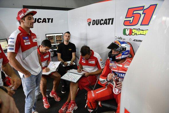Michele Pirro springt in Motegi nicht für Andrea Iannone ein - Foto: Ducati