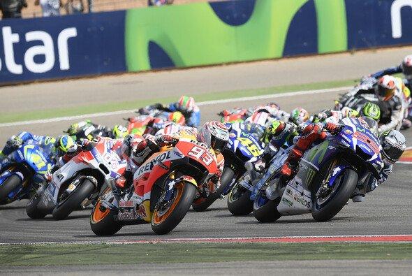 Die MotoGP startet auch 2017 traditionell in Katar - Foto: Yamaha
