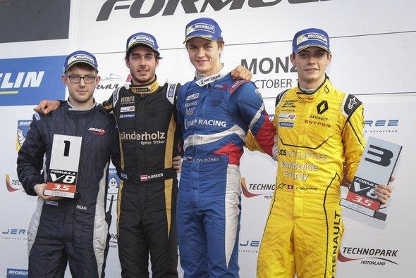 In Monza durfte sich Binder wieder über eine Podestplatzierung freuen - Foto: RB Motorsport