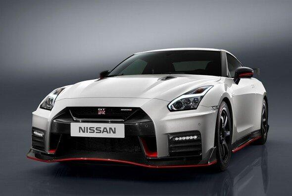 Der neue Nissan GT-R ist ab 184.950 Euro erhältlich - Foto: Nissan