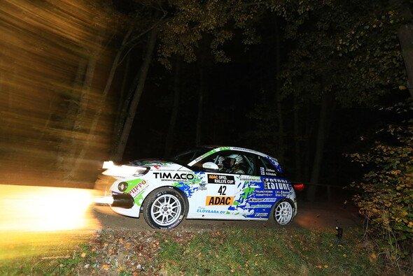 Meister Jari Huttunen gewinnt die 3-Städte Rallye - Foto: ADAC Opel Rallye Cup