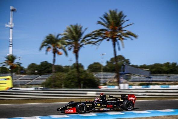 In Jerez betrieb Rene Binder Schadensbegrenzung - Foto: RB Motorsport