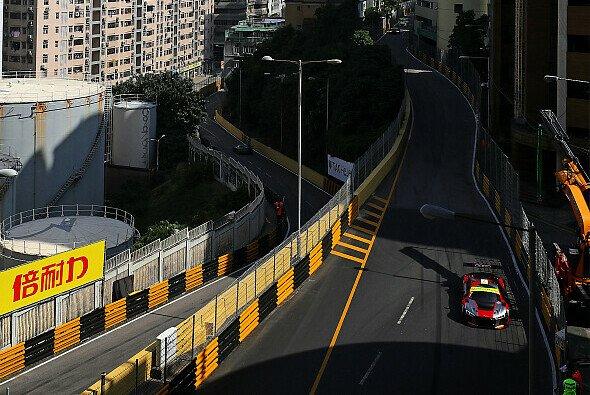 Edoardo Mortara startet das Qualifikationsrennen am Samstag von der Pole Position - Foto: Audi