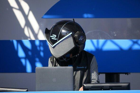 Der Formula EJ sheizt den Fans mit Beats ein - Foto: FIA Formula E