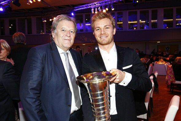 Nico Rosberg und Norbert Haug wollen sich in die Nachfolger-Wahl nicht einmischen - Foto: ADAC Motorsport