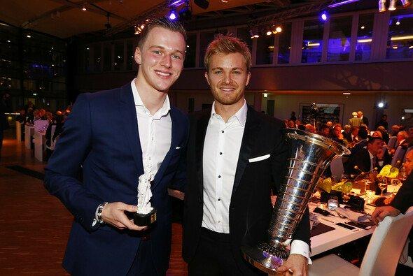 Maximilian Günther und Nico Rosberg vom ADAC geehrt - Foto: ADAC Motorsport