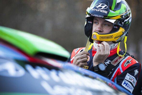 Hayden Paddon ist in Gedanken bei dem verstorbenen Zuschauer - Foto: Hyundai Motorsport