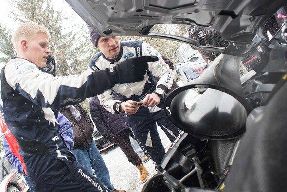 Ott Tänak tat alles, um seinen Ford Fiesta WRC trotz Motorproblemen aufs Podium zu bringen - Foto: Red Bull Content Pool