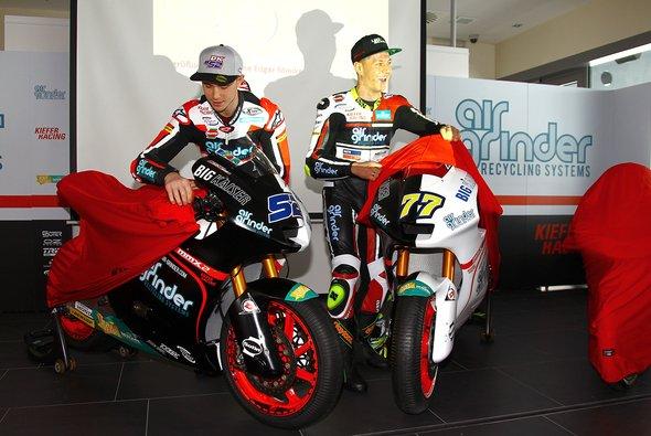Kent und Aegerter enthüllten ihre neuen Maschinen am Nürburgring - Foto: Kiefer Racing