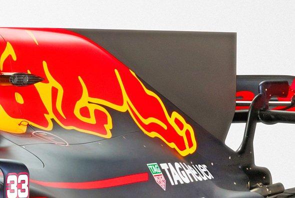 Die Finne auf der Motorabdeckung wird auch 2018 bleiben - Foto: Red Bull