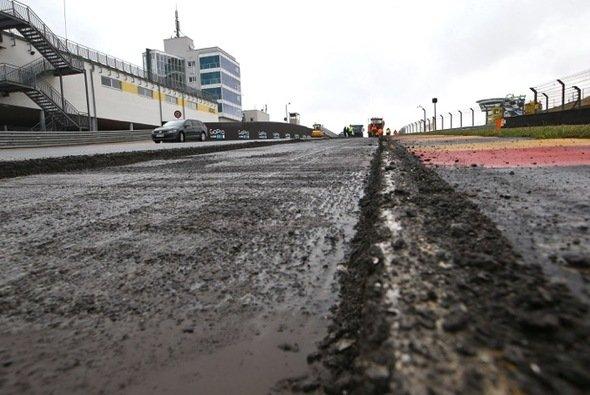 Der Sachsenring wird zurzeit überholt - Foto: Andreas Kretschel