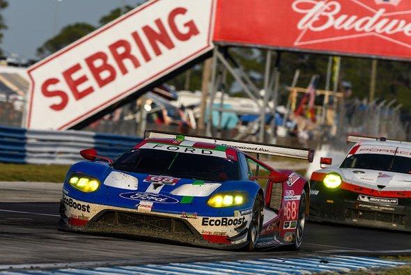Stefan Mücke und sein Team trotz Problemen unter den Top-5 in Sebring - Foto: Ford Chip Ganassi Racing