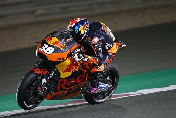 Bradley Smith sieht die MotoGP-Zukunft eher im Big Bang Motor - Foto: KTM