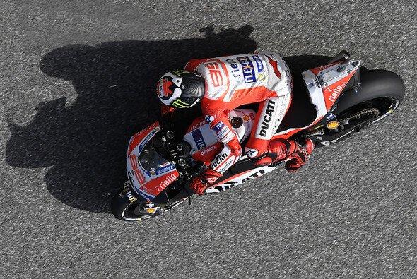 Jorge Lorenzo hat sich noch nicht auf die Ducati eingestellt - Foto: Ducati