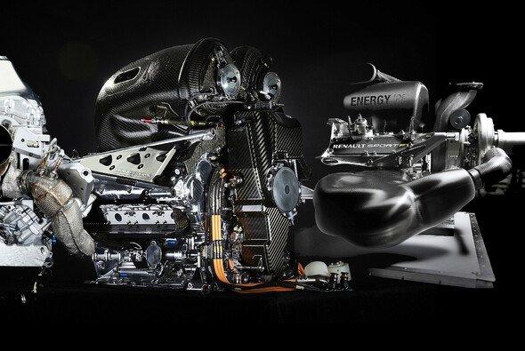 Die Formel-1-Teams müssen 2018 mit nur noch drei Power Units haushalten - Foto: Mercedes/Honda/Renault