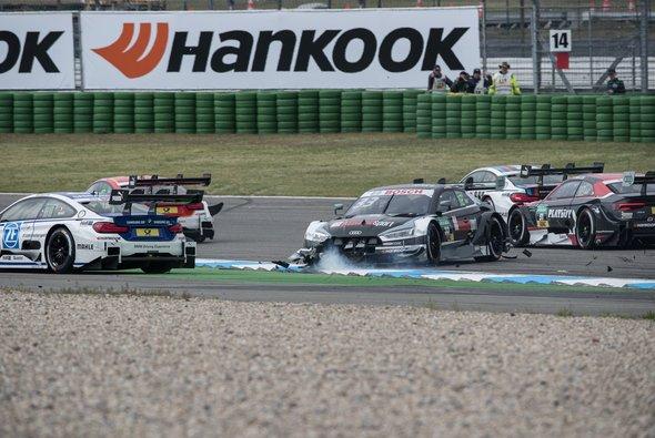 Wenn bei Audi ein Fahrer kurzfristig passen muss, wird es eng mit Ersatz - Foto: Simninja