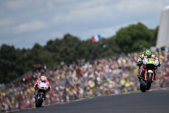 Die Tribünen im Vorjahr waren in Le Mans so voll wie nie - Foto: LCR